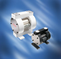 Chemical pump / for lubricants / fuel / air-driven