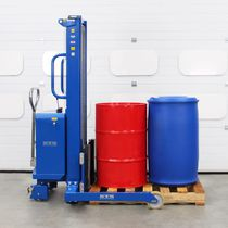 Hydraulic stacker truck / pneumatic / walk-behind / for the pharmaceutical industry