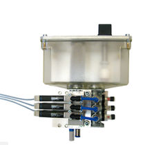 Lubricant pump / air-driven / piston / for machine tools
