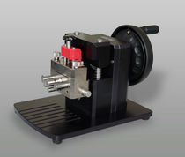 Portable notching machine
