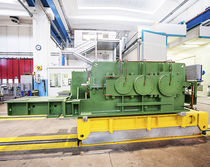 Parallel-shaft gear reducer / for string wire drawing machines