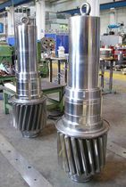 Steel shaft / for hot mills / pinion