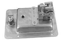 Compression latch / anti-vibration