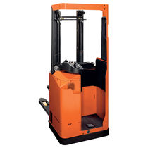 Electric stacker truck / stand-on / for pallets