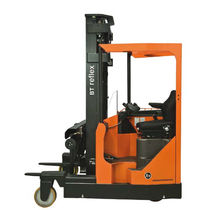 Electric reach truck / ride-on / multi-directional / 4-wheel