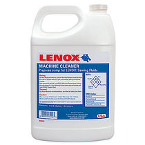 Cleaning solvent / for machines