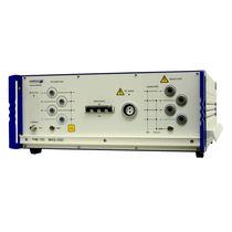 Magnetic field generator