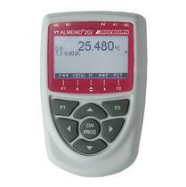 Temperature meter / portable / digital / with data logger