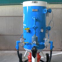 Mobile sandblasting machine / pressure / automatic