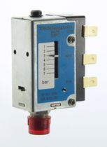 Air pressure switch / mechanical