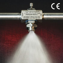Spray atomizing nozzle / flat spray / compressed air / for liquids