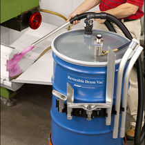 Liquid vacuum cleaner / pneumatic / industrial / mobile
