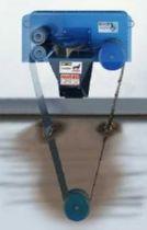 Belt oil separator