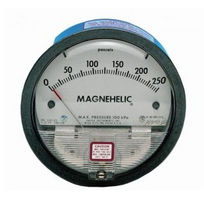 Dial pressure gauge / diaphragm / differential / process
