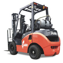 LPG forklift / ride-on / 4-wheel / counterbalanced