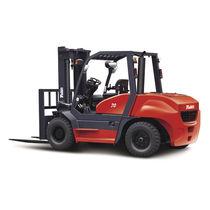Diesel engine forklift / ride-on / handling / 4-wheel