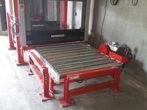Platform lift / for pallets / automatic