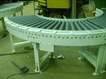 Roller conveyor / transport / horizontal / tapered roller