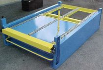 Air-operated conveyor / pallet / gravity / handling