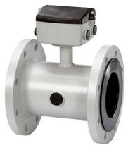 Electromagnetic flow meter / for water / in-line