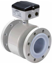 Electromagnetic flow meter / for chemicals / flange / PTFE