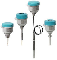 Capacitive level switch / for solids and liquids / threaded / digital