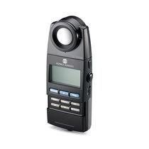 Portable chroma meter