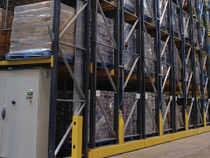 Pallet shelving / storage warehouse / for heavy loads / mobile