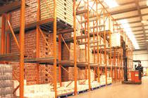 Shelving / drive-in pallet / for empty and full cartons
