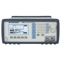 Pulse generator / digital / programmable / burst