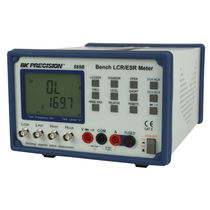 LCR meter / AC voltage / ESR / resistance