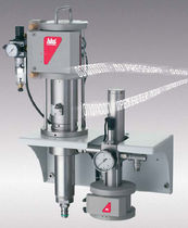 Adhesive pump / pneumatic / piston / control