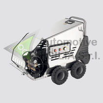 Hot water cleaner / mobile / high-pressure