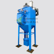Cartridge dust collector / self-cleaning