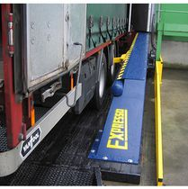 Mechanical restraint system / for vehicles