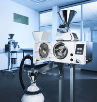 Cross beater mill / vertical / coarse powder / for the pharmaceutical industry