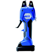 Battery-operated crimping tool
