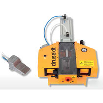 Electrical wire stripping machine / pneumatic