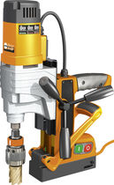 Magnetic base drill / electric