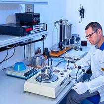 Pressure calibration system / laboratory