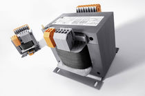Power transformer / cast resin / compact / control