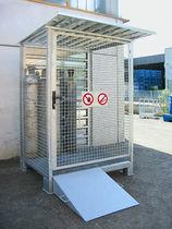 Storage cabinet / floor-mounted / metal / for gas bottles