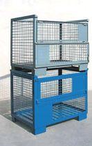 Metal crate / wire mesh / handling / stacking