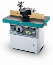 Wood spindle molder
