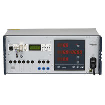 Voltage tester / for electrical installations / multifunction