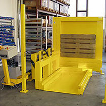 Automatic materials handling system / for reels / industrial