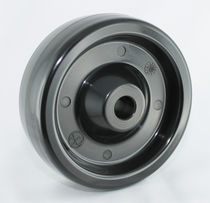 Monobloc wheel / phenolic resin