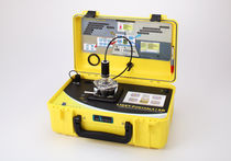 Liquid analyzer / concentration / for particle size analysis / portable