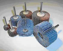 Cylindrical brush / abrasive / with shaft / slatted