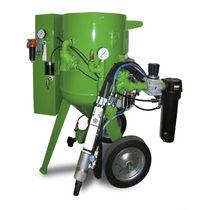 Mobile wet blasting machine / manual